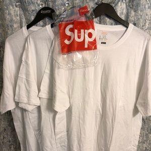 Supreme Hanes XL - Tees